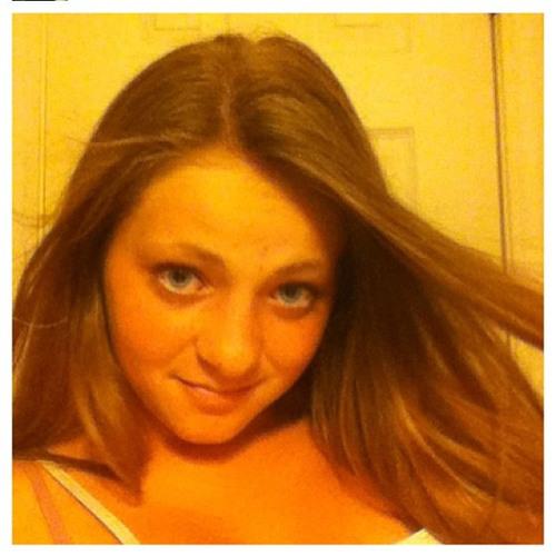 Elisabeth Takacs's avatar