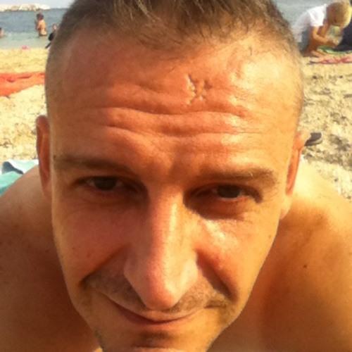 Xavier Rebec's avatar
