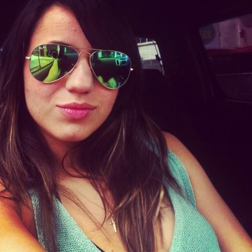 Fernanda Loiola's avatar