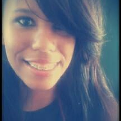 Camila-Santos's avatar