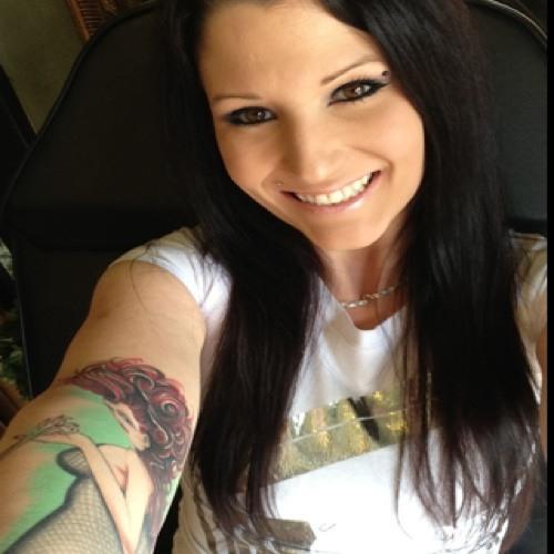 Heidi Rosetta's avatar