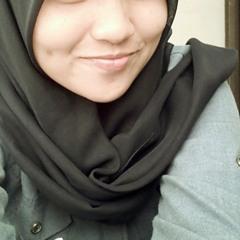 Putri Riza 1