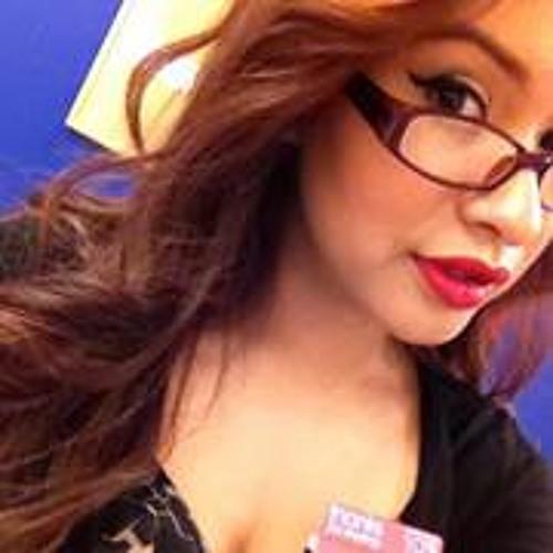Stephanie Vargas-Perez's avatar