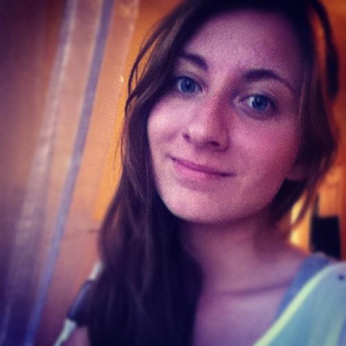 Zuzia Ćwiąkała's avatar
