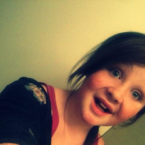 Emily Grace(:'s avatar