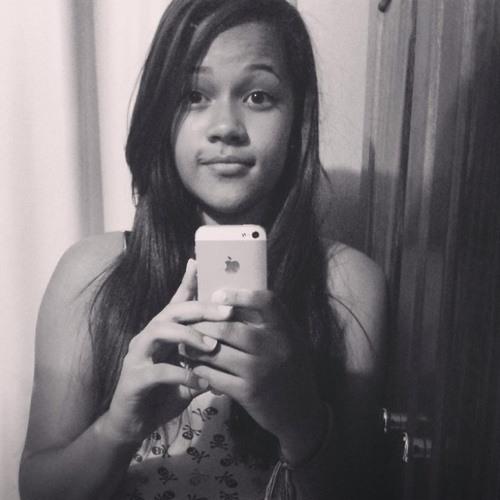 Gessica Natthállya's avatar