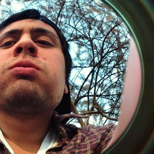 Luis Oyarzo's avatar