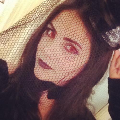 Mariana Beatriz :)'s avatar