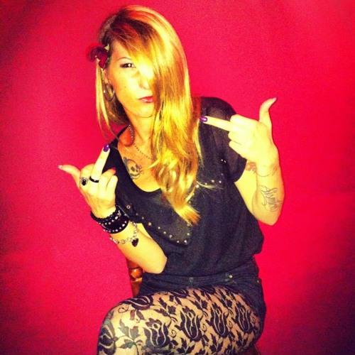 Claudia Pinky La SiSmica's avatar