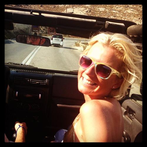 Lisa Chisholm's avatar