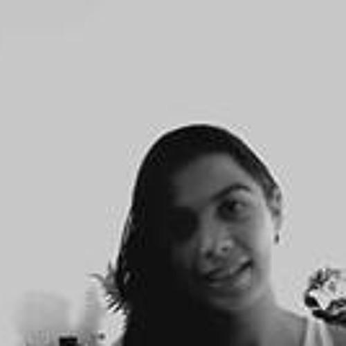 Alanna Marques's avatar