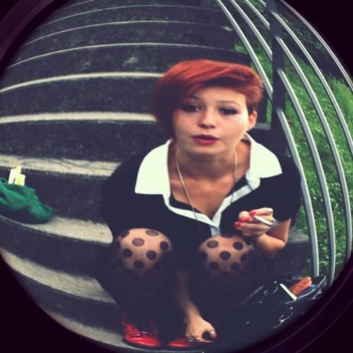 Léa Quarelles's avatar