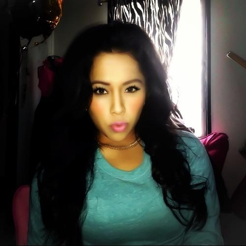 sheila real's avatar