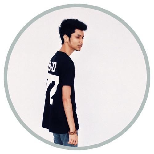 Naveen Madhavan's avatar