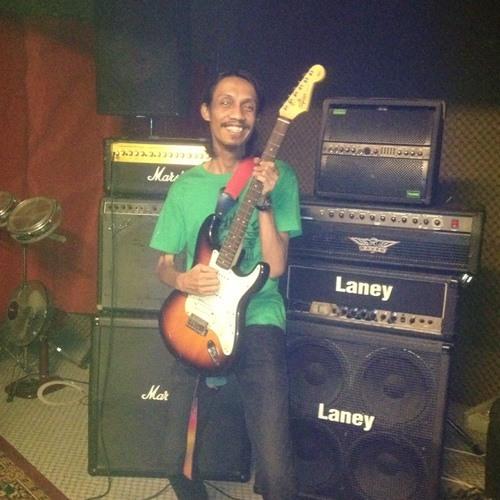E'ja Ghazali's avatar