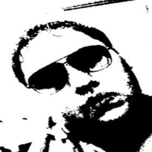 Roli Villarreal's avatar