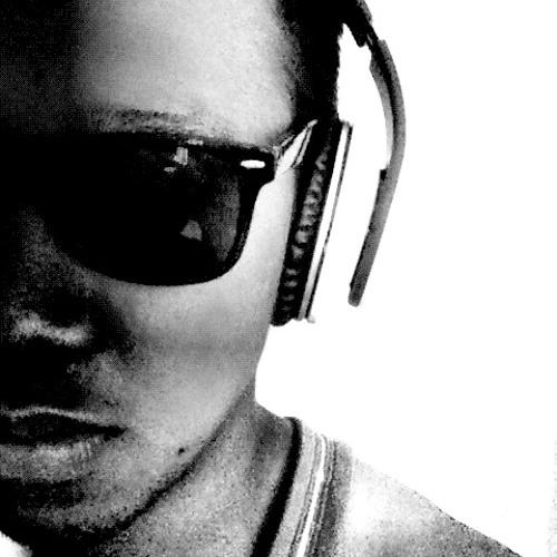 Dan Avila's avatar