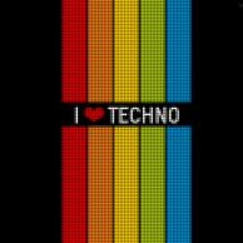 <3 Lov3techn0 <3's avatar