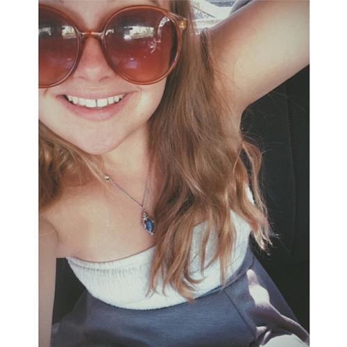 Macy Benjamin's avatar