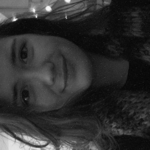 BrookeMila's avatar