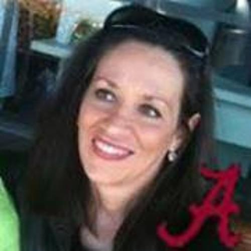 Beth Cleaver's avatar
