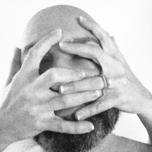 Curious Poses's avatar