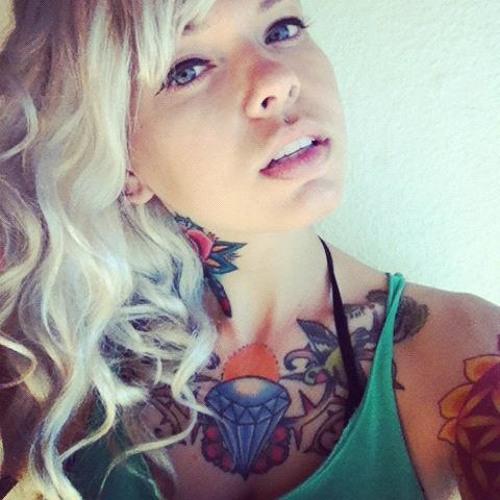 Sarah Madlene's avatar