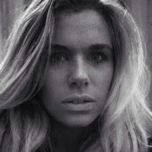 Lisa Sarah Corfield's avatar