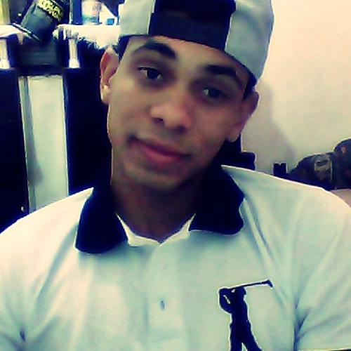 Luis Mello 2's avatar
