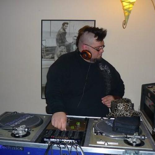 Dj Thik's avatar