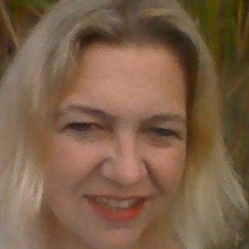 Yolande VeryHappy's avatar