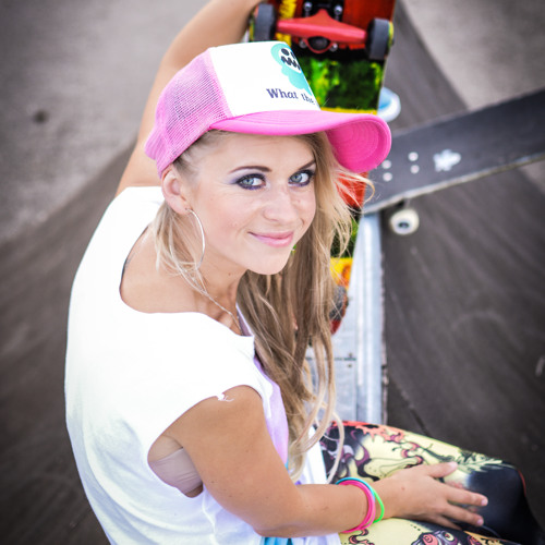 Ily B (Iveta Baumane)'s avatar