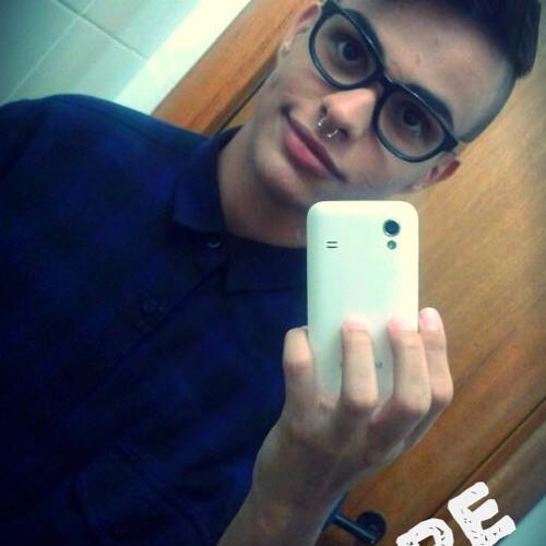 Fernando Pereira 33's avatar
