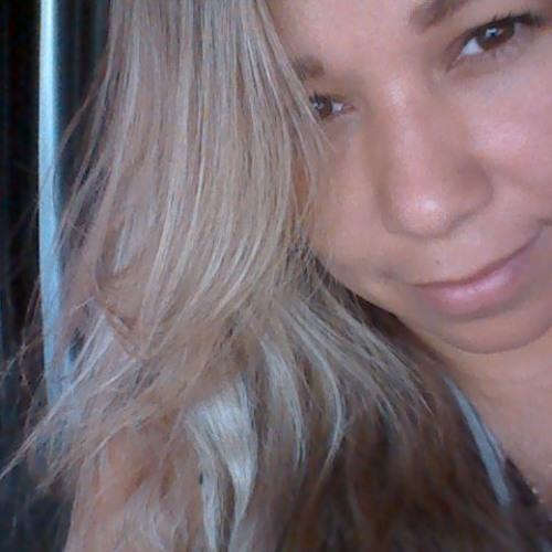 Monique Abreu Vargas's avatar