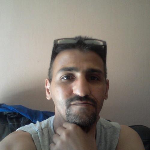 ryad radouani's avatar