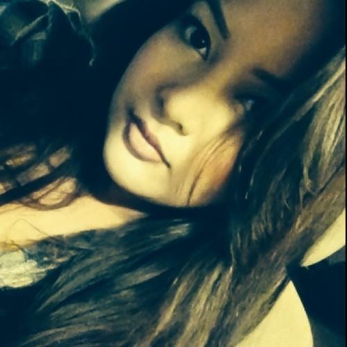 monica_therese's avatar