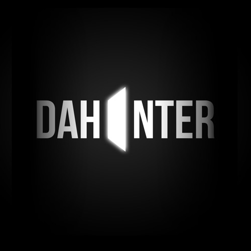 D A H I N T E R's avatar