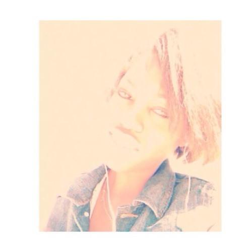 Mimi Is Me's avatar