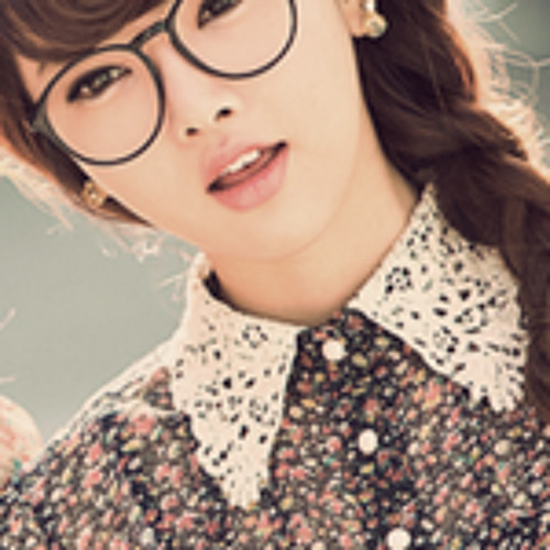 Alana Fleur's avatar