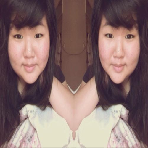 filensiaaa's avatar
