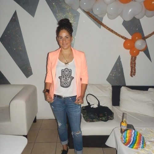Pilar Lopez's avatar