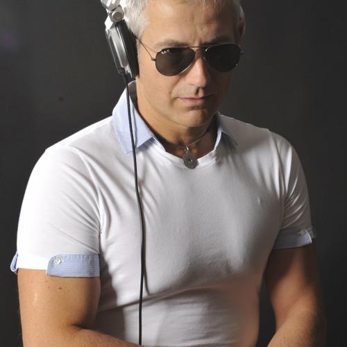 Fabrizio Rosset's avatar