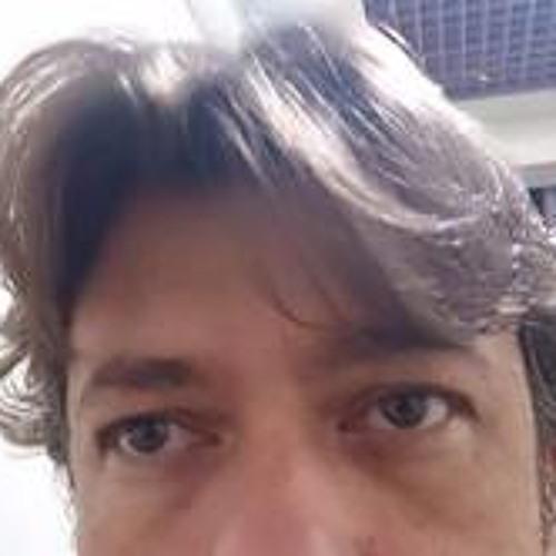 Henrique Fenocchio's avatar