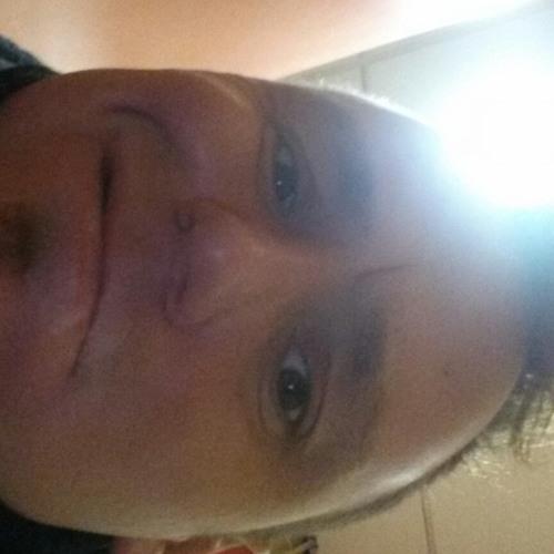 user990124936's avatar