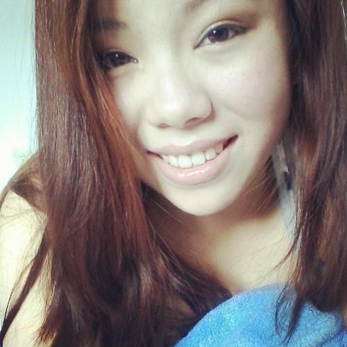 Naah Yang's avatar