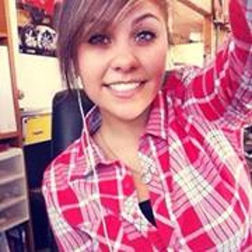 Fatima Loya's avatar