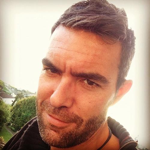 DaveCruz's avatar