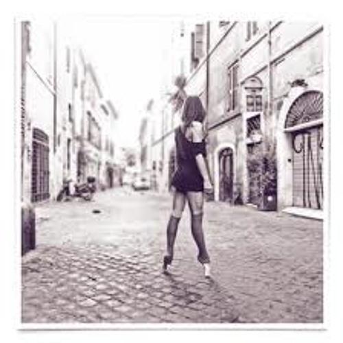 Roxana Dellena's avatar