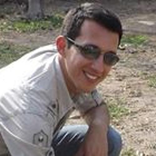 Giancarlo David Cornejo's stream on SoundCloud - Hear the world's sounds - avatars-000061428667-n6n7he-t500x500