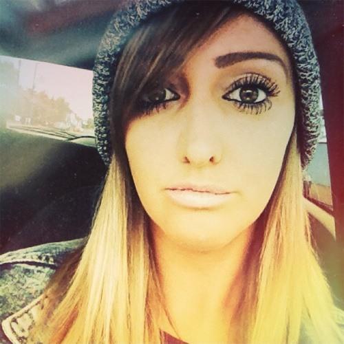 Kylie Clapham's avatar